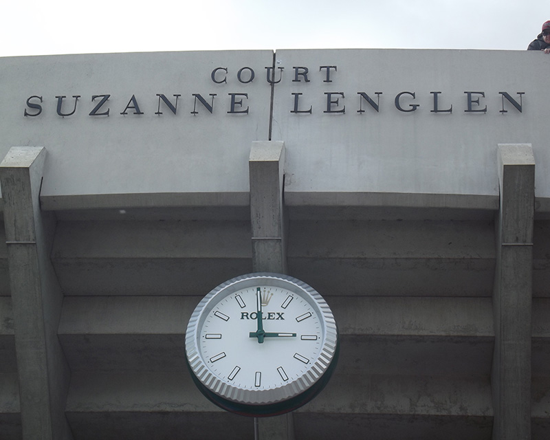The sign on Court Suzanne Lenglen